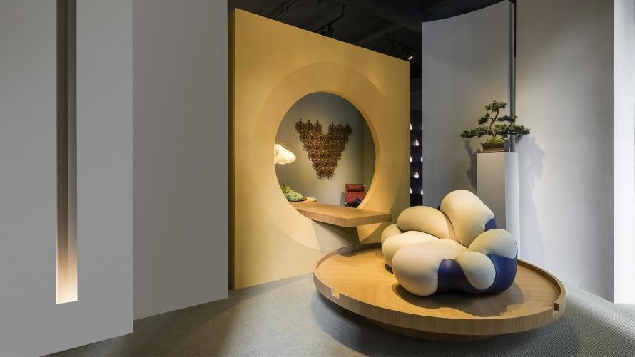 路易·威登举办OBJETS NOMADES旅行家居系列展览